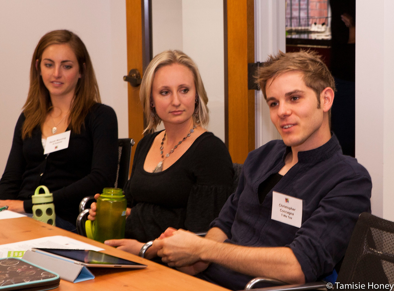 PR_Panel_meeting_with_entrepreneurs-10