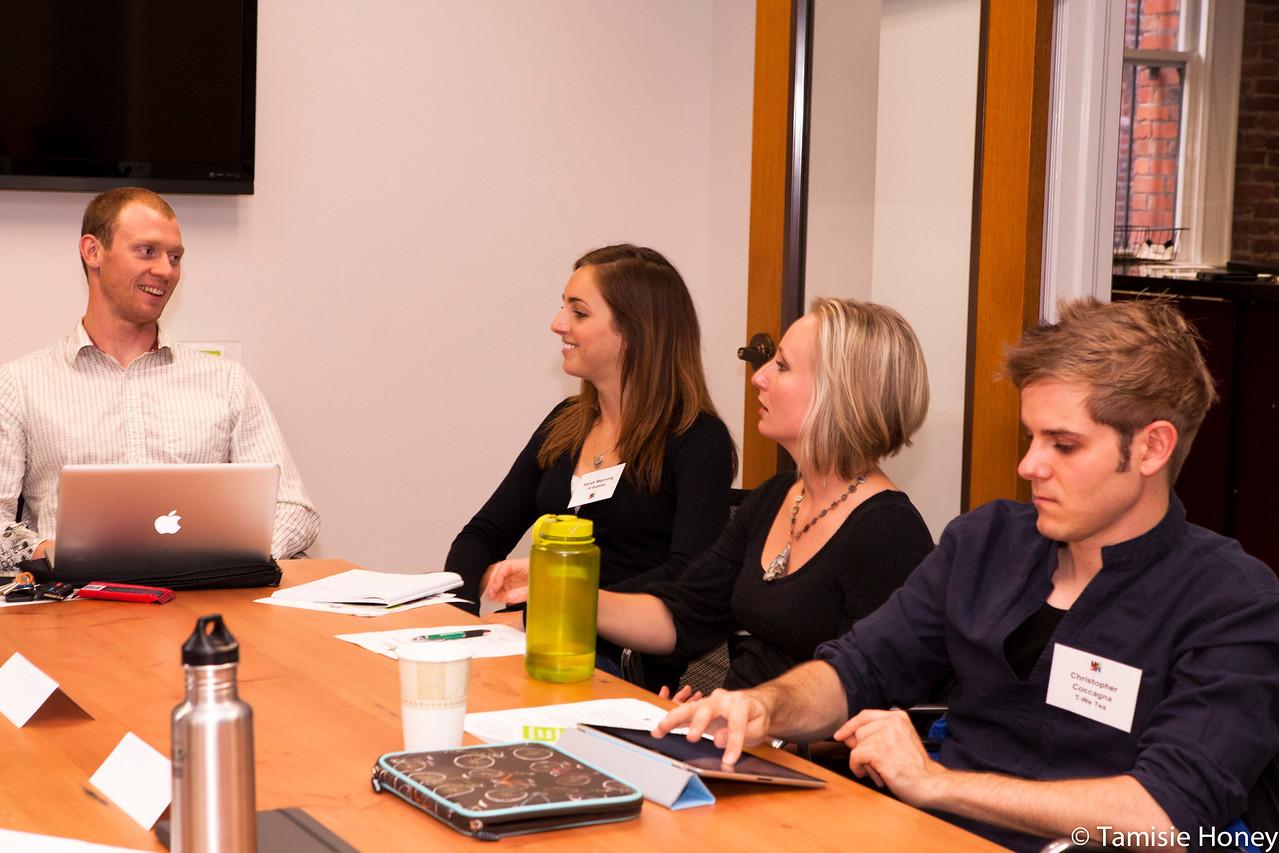 PR_Panel_meeting_with_entrepreneurs-6