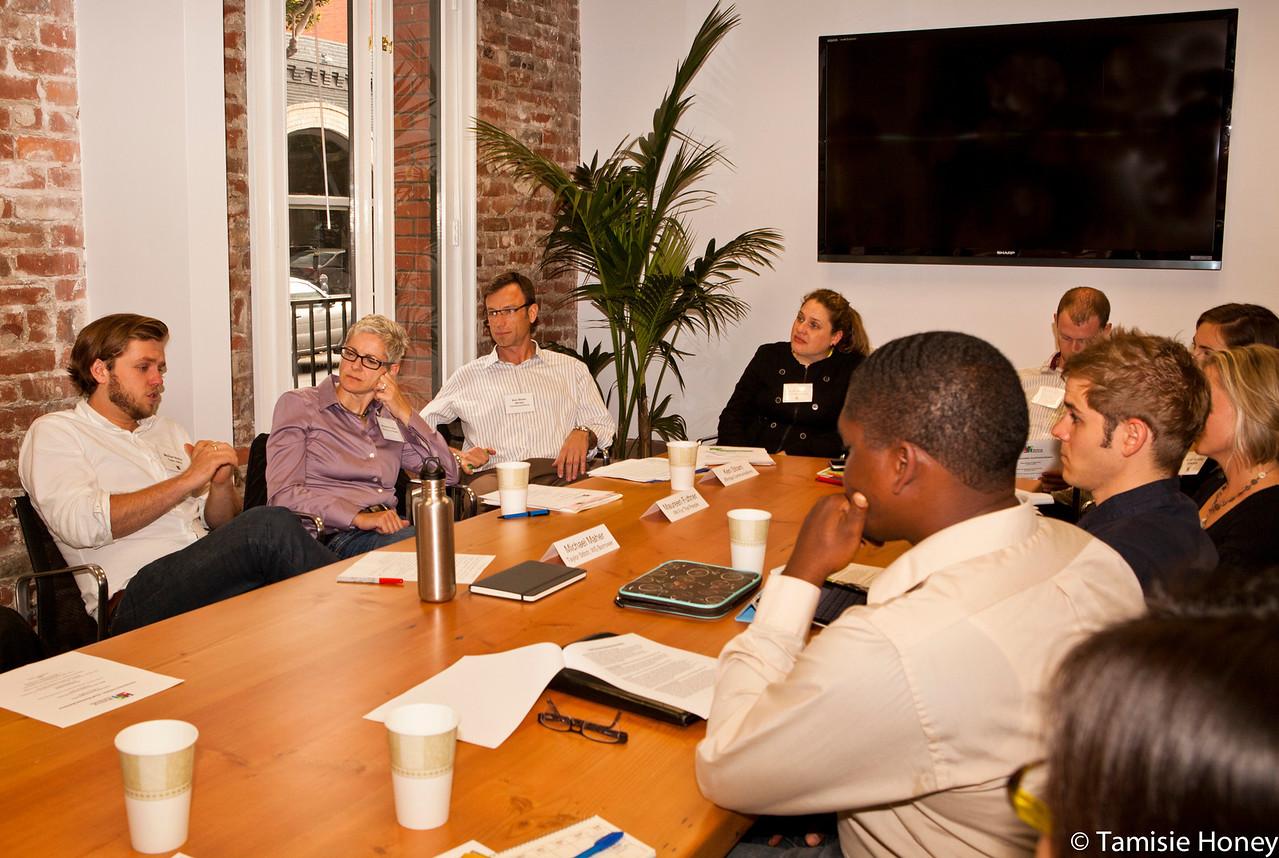 PR_Panel_meeting_with_entrepreneurs-18
