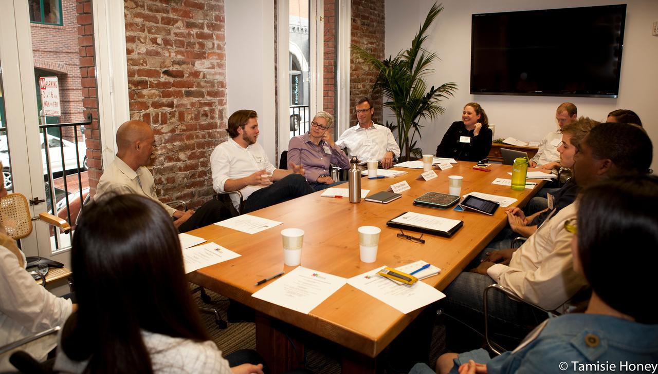 PR_Panel_meeting_with_entrepreneurs-19