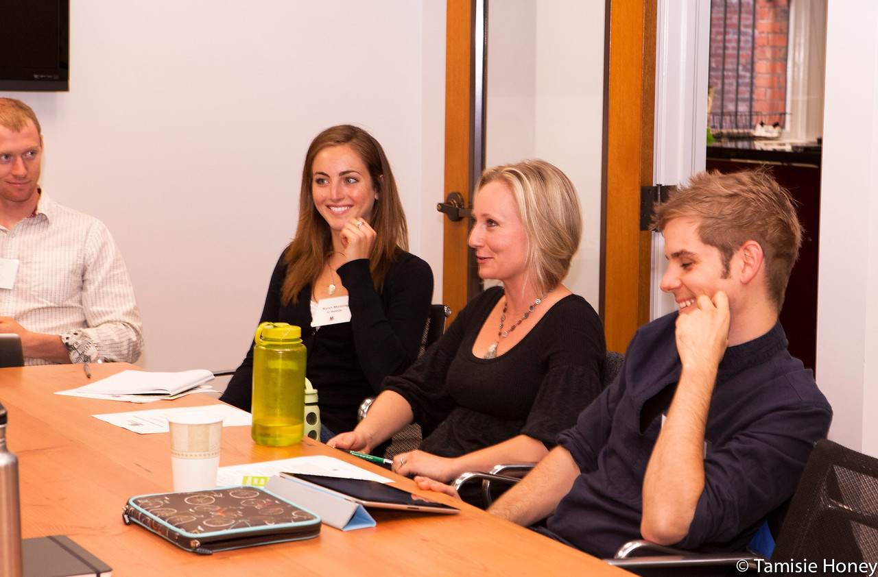 PR_Panel_meeting_with_entrepreneurs-9