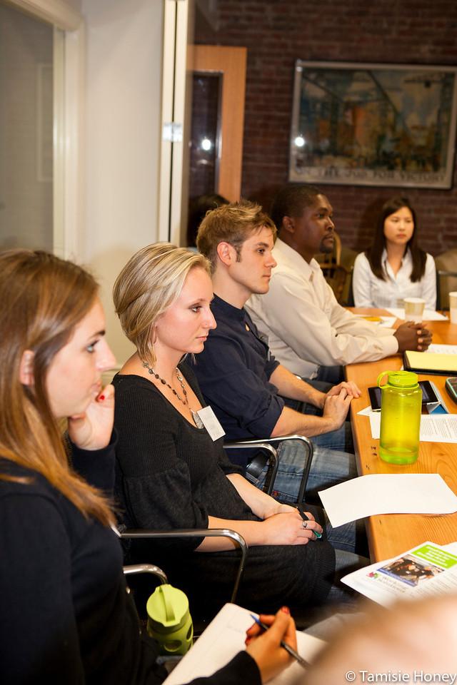 PR_Panel_meeting_with_entrepreneurs-28