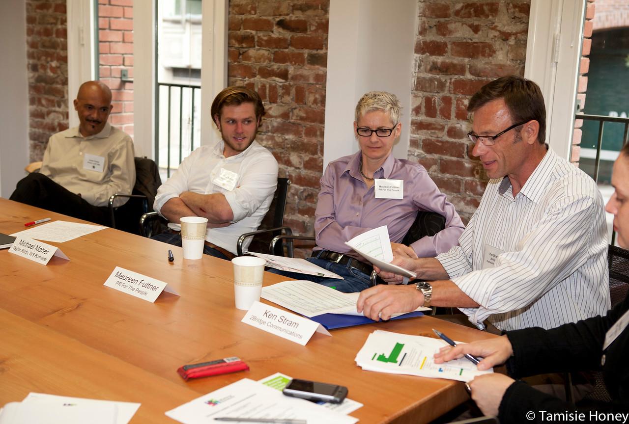 PR_Panel_meeting_with_entrepreneurs-27