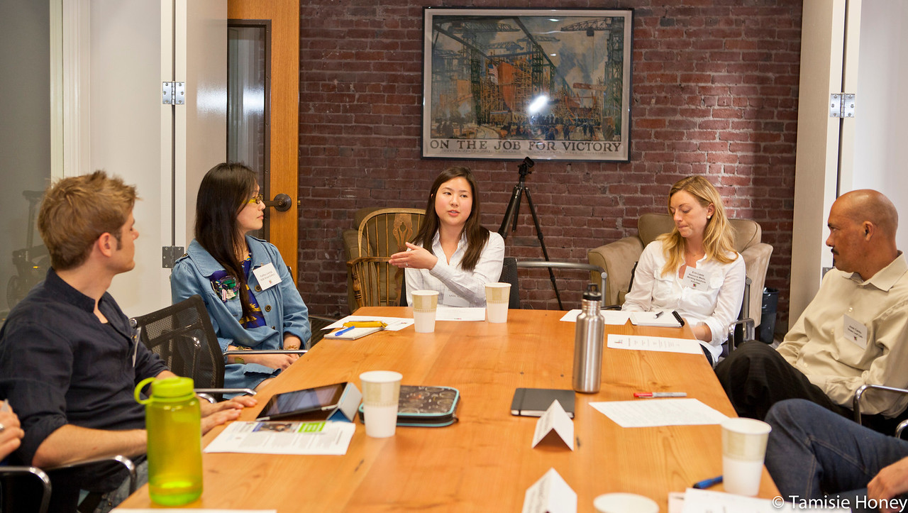 PR_Panel_meeting_with_entrepreneurs-14