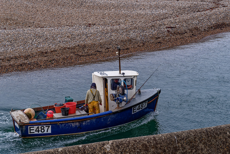 """Fishing boat """"Betty's Boys"""" heads back into Axmouth Harbour, 30th September 2018."""