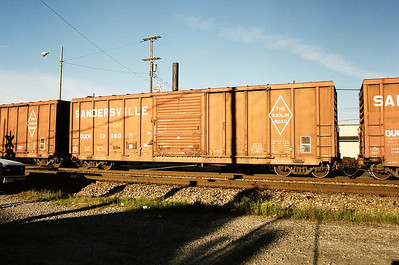 Freightcars - Boxcars and Reefers