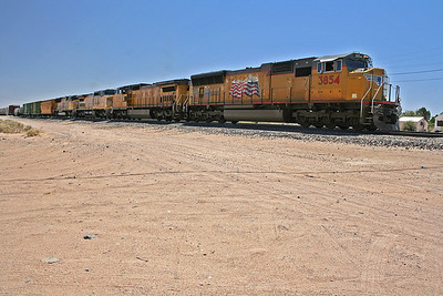 UP3854_Yermo_CA_2008_MelRogers (2)