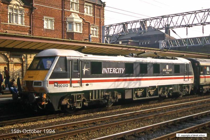 941015-037  90012 British Transport Police (Crewe, 15-10-94)