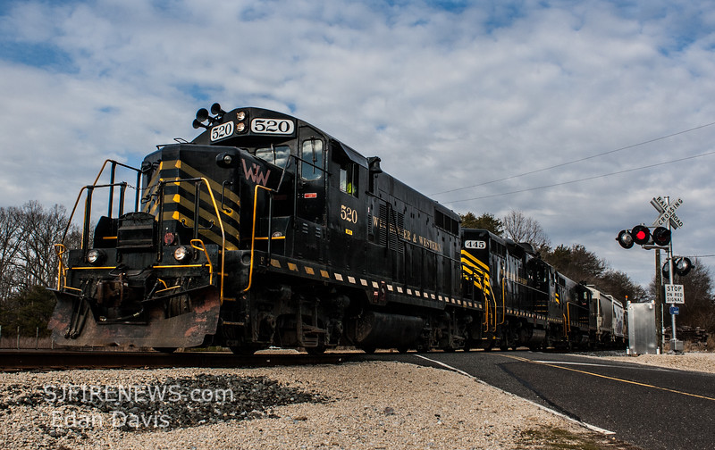 Winchester and Western CM-19 crossing Shaws Mill Rd  with 520, 445, and 475 in the lead  2-19-2018, (C) Edan Davis Photography  (4)
