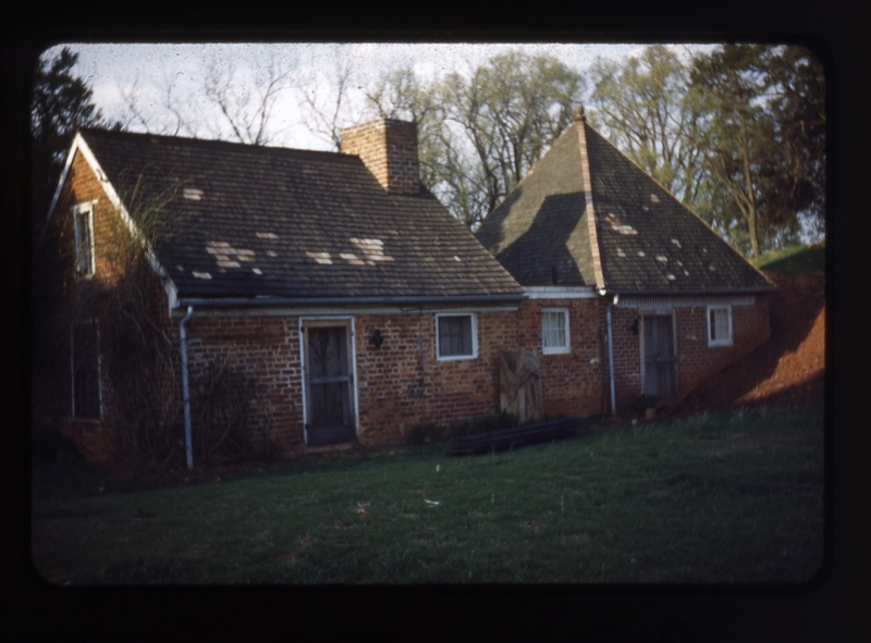 Poplar Forest Kitchen  (09738)