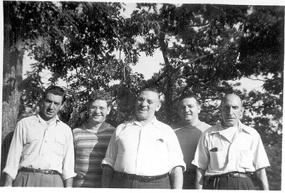 Uncle Patsy, Uncle Vinny, Grandpa, Uncle Phliiy, and Aunt Evelyn's father
