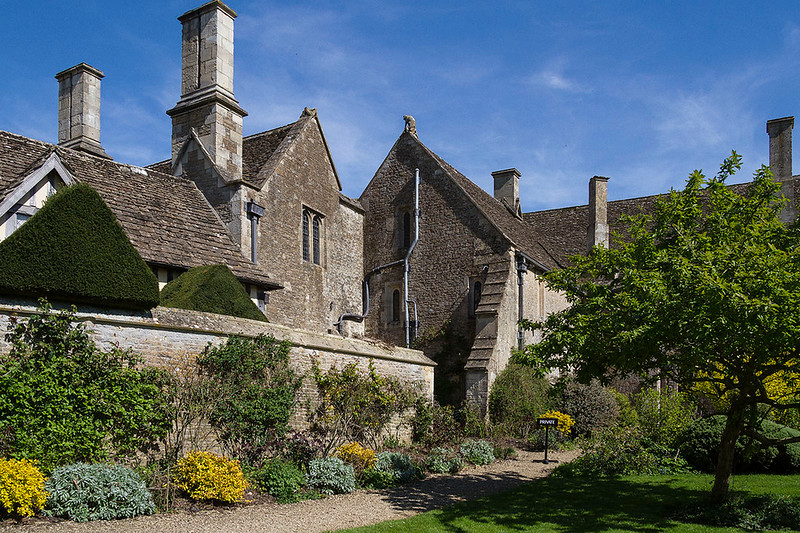 9th Apr 2017:  Chalfield Manor