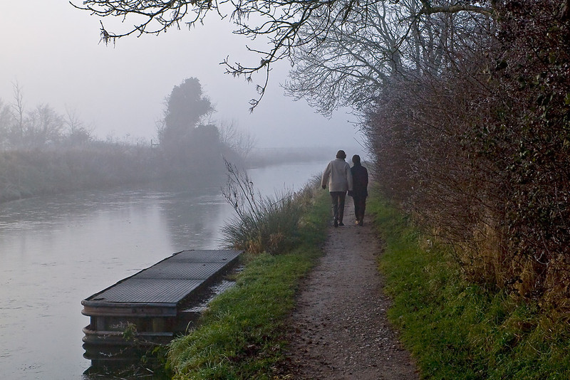 23rd Dec 07:  A winter walk by the Kennet and Avon Canal at Semington