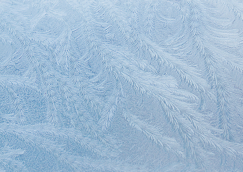 17th Dec 09:  Jack Frost works his magic on my car windscreen