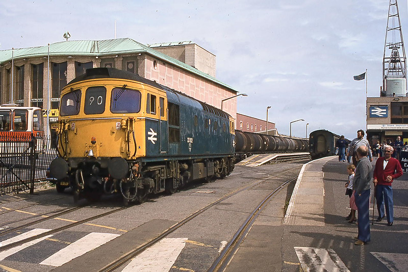 22nd Aug 82:  It is 1.32 pm and 33102 is running round the Boat Train at the Weymouth Quay Terminus