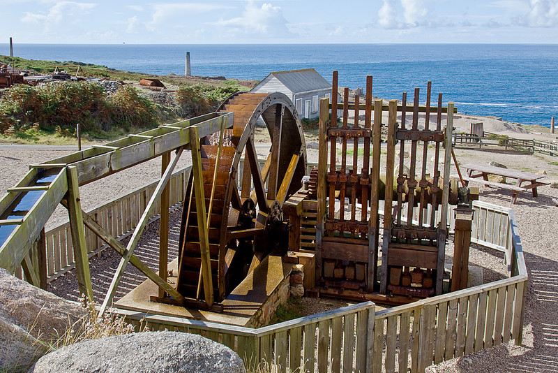 """7th Sep 10:  Water wheel driven ore crushing """"Stamps"""",  Geevor"""