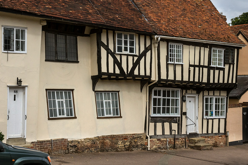 15th Jul 14:  No 90 Church Street in Lavenham. Planning permission could not be obtained foe a building like this these days.