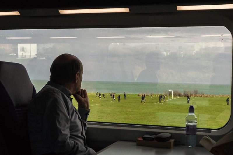 Zugfahrt von Belfast (Nordirland) nach Dublin (Irland)
