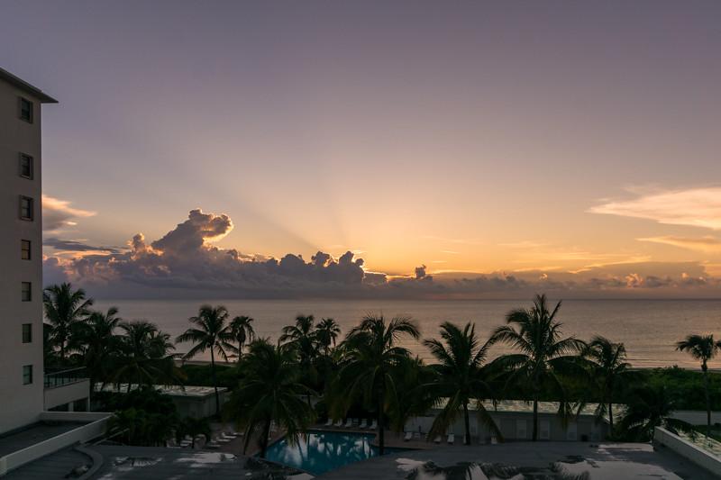 Sonnenaufgang - Miami, FL - USA