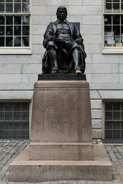 John Harvard Statue - Cambridge, MA - USA