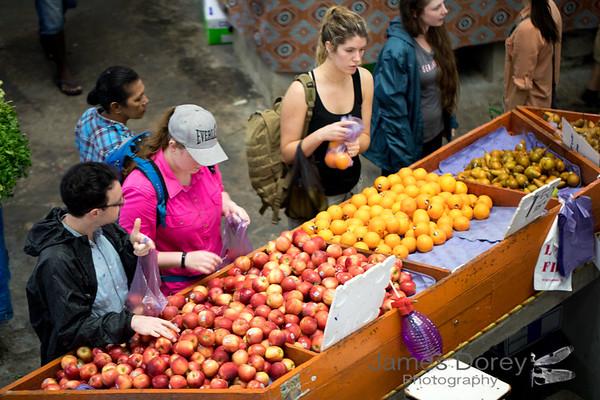 Michael, Bianna, Bianca and Harmonie at Suva markets