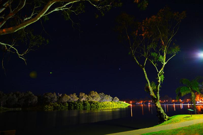 Murray by night