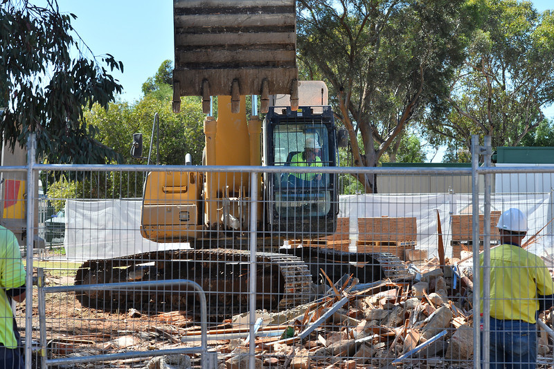 Gone in 60 minutes...Renmark Primary School Stone Building knocked down