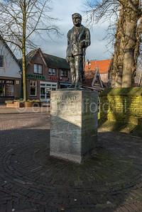 Bergen - Monument Roland Holst