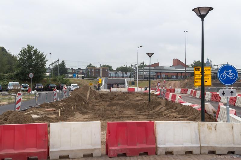 Fietsers en voetgangers kunnen nog naar het station