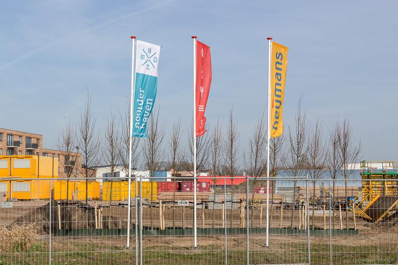 Vlaggen Noorderhaven en Heijmans