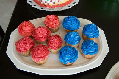 Nora's Birthday Cupcakes