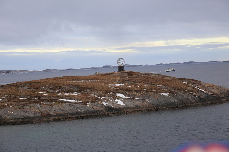We are now crossing over the Arctic Circle.