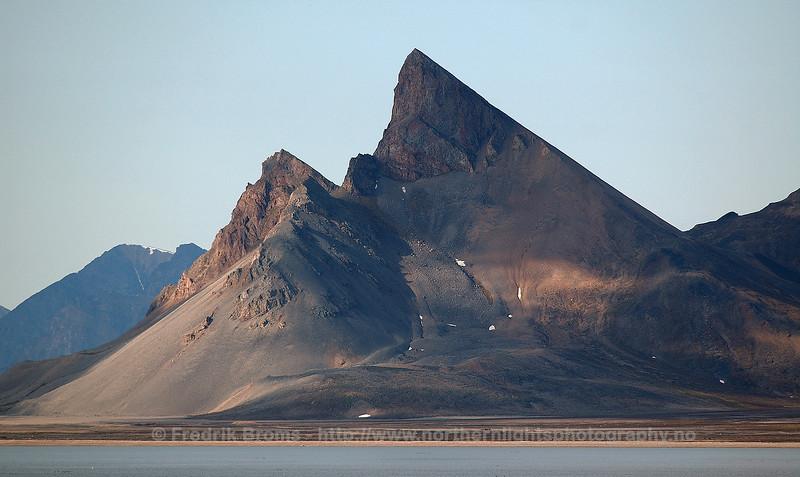 Kapp Mitra in Kongsfjorden, Svalbard