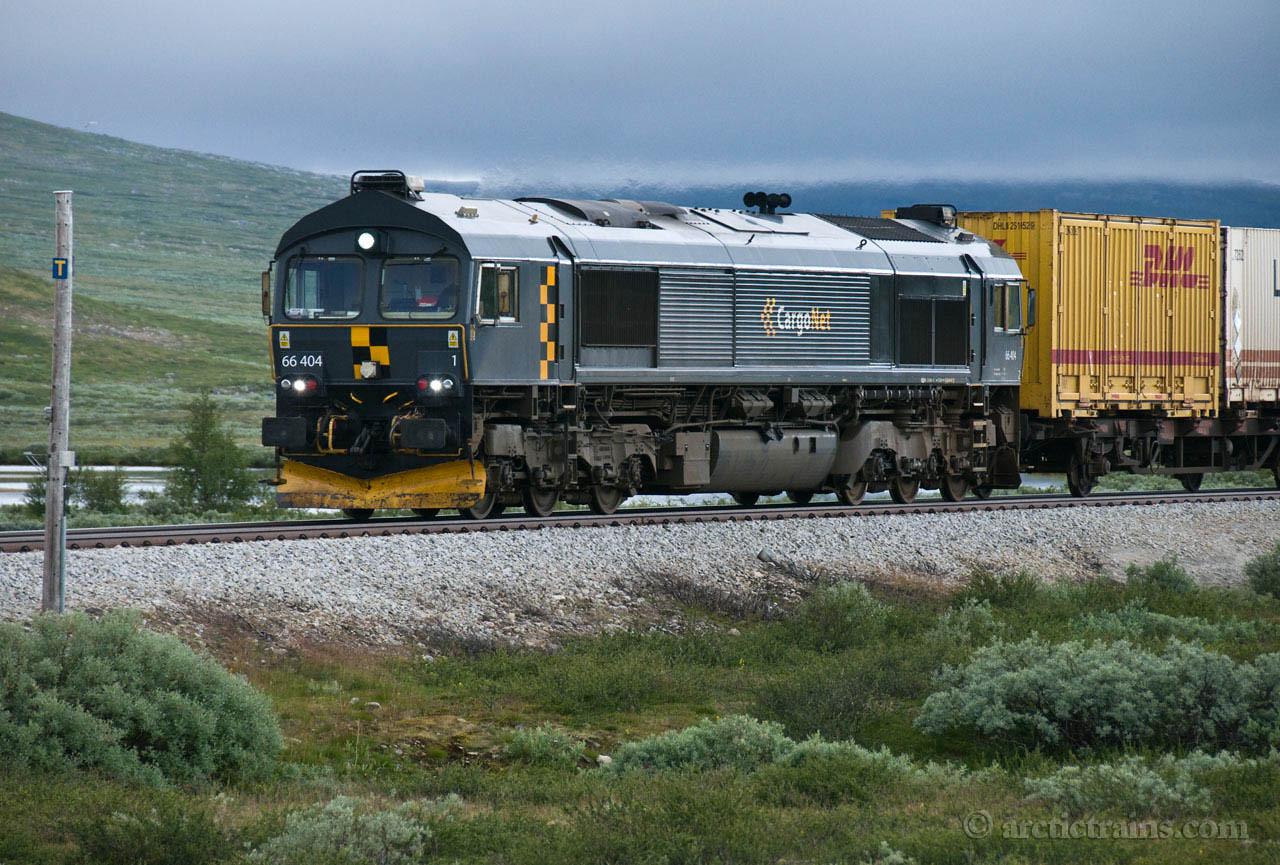 Cargo Net CD66 northbound freight service  Saltfjellet 2008-07-24 by TS