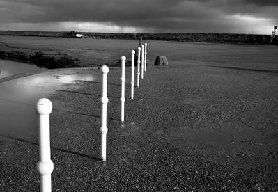 white posts