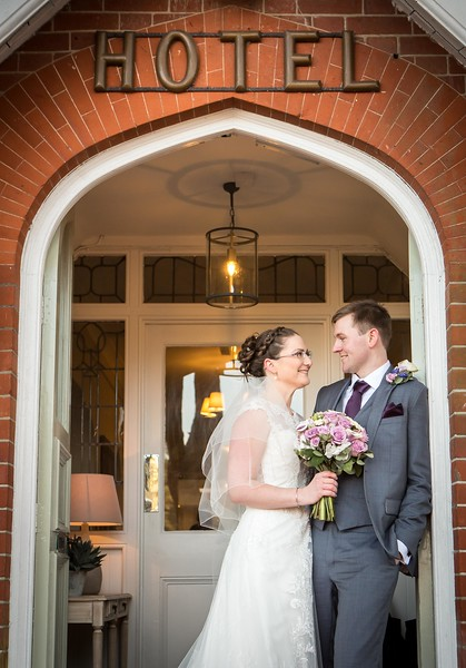 bride-groom-new-forest-hotel