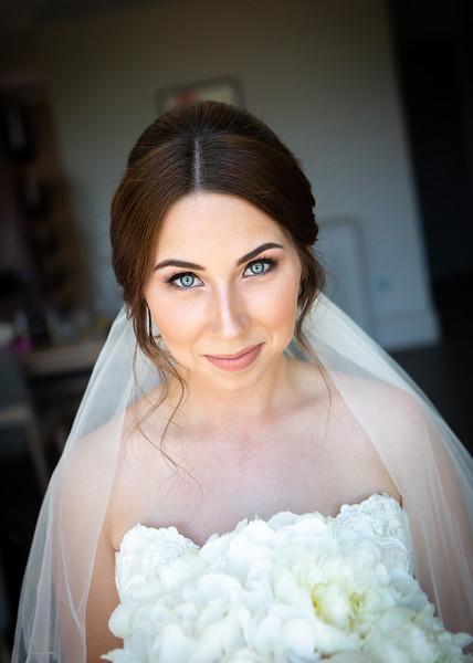 bride-portrait-natural-light