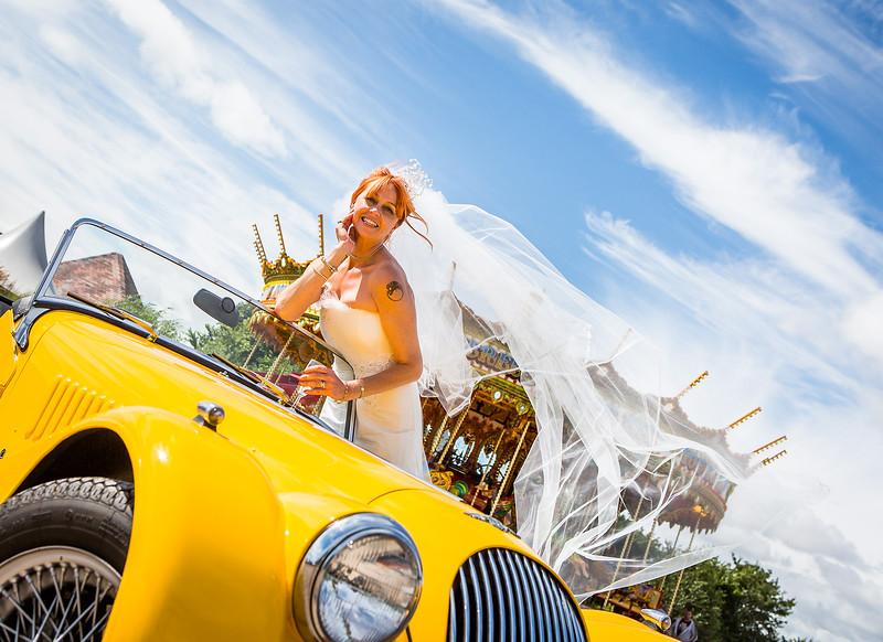 bride-veil-wind-carousel-southend-barns