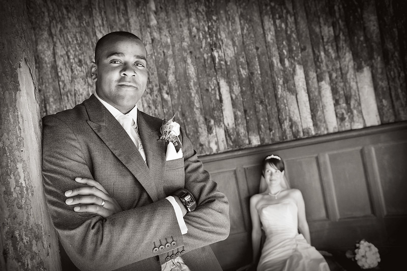 bride-groom-portrait-casual-relaxed