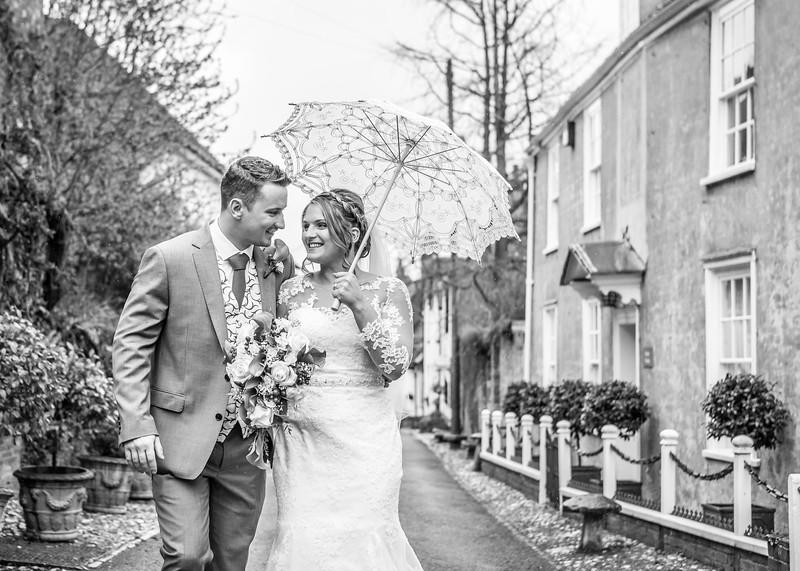 bride-groom-bishops-waltham-hampshire