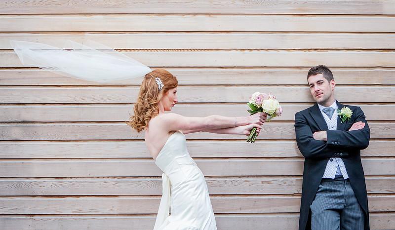 bride-groom-contemporary-northbrook-park