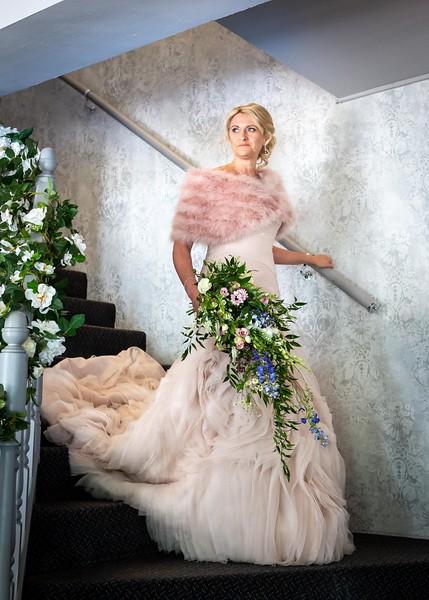 bride-posed-stairway