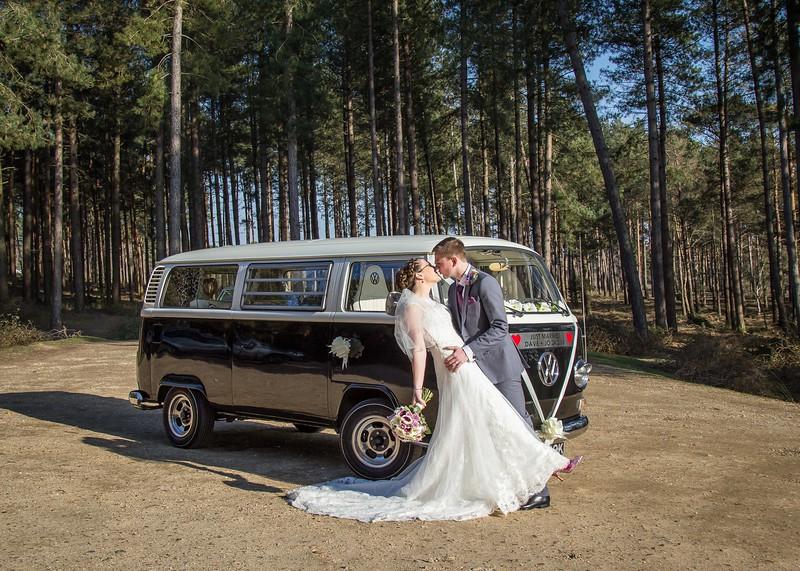 bride-groom-posed-vw-camper-new-forest