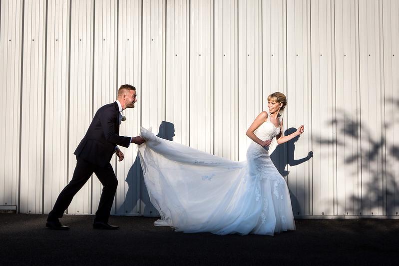 bride-groom-contemporary-tithe-barn-petersfield