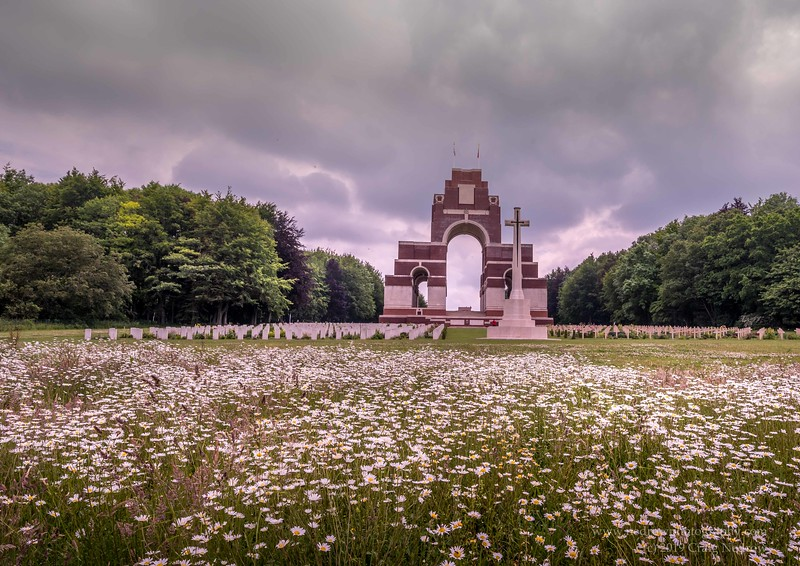 Thiepval WWI Memorial and Cemetery