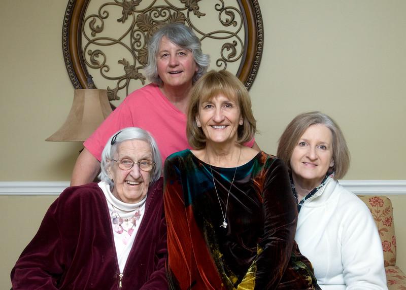 Vera, Sue, Myke, Chotts