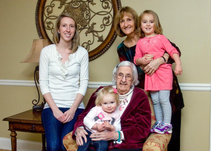 Four Generations - Vera, Chotts, Sadie, Lillian & Anna