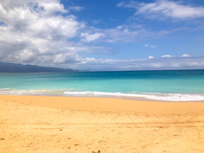 Beautifull sandy beach in Maui.