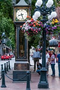 Steam Clock-Tourist-Gastown