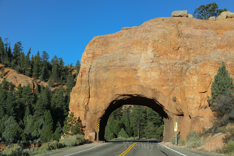 Hole in the Rock on Scenic Byway 12 - Discover the best route to Zion National Park, Bryce Canyon and Lake Powell